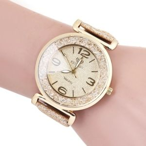 Accessories - ⌚️NEW⌚️Luxury Crystal Glitter Leather Quartz Watch